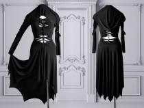 wedding photo - slashed dress Morticia Addams black gothic