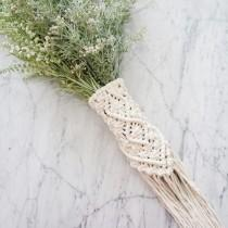 wedding photo - Macrame Bouquet Wrap