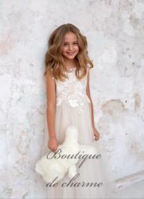wedding photo - Lace girls dress,White Boho dress,Tulle Dress,Junior Bridesmaid dress,Ivory Flower Girl Dress,Maxi Dress,Ivory Lace Dress,Tulle Tutu dress