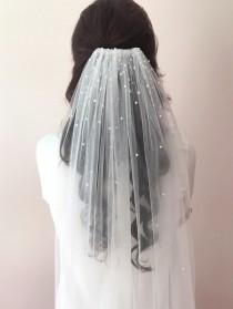 wedding photo - Anna Veil with Pearl detail