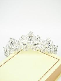 wedding photo - Rapunzel Tiara - Silver