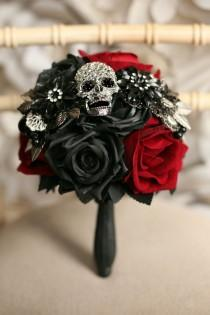 wedding photo - Bridesmaid Skull wedding bouquet, alternative, Ornate handle, brooch bouquet, retro, gothic, wedding flower, posy bouquet, skull wedding