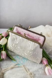 wedding photo - Ivory lace wedding purse / Bridal clutch bag of cotton satin / Rustic wedding purse clutch / Ivory bride accessory