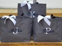 wedding photo - Set of 5 Bridesmaid Totes, Personalized Bridal Party Gifts, Bride Tote Bag, Monogrammed Bridesmaid Bags