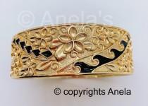 wedding photo - 25MM Hawaiian Hamilton Gold Bracelet (25mm) Black Enameled with Hawaiian flower