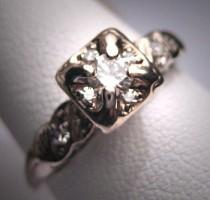 wedding photo - Antique Diamond Wedding Ring Vintage Art Deco Bridal
