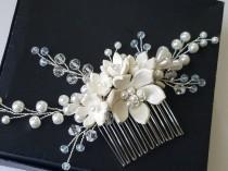 wedding photo - Pearl Bridal Hair Comb, White Pearl Floral Hair Piece, Wedding Pearl Crystal Hair Comb, Pearl Headpiece, Pearl Hair Jewelry Hair Accessories