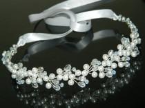 wedding photo - Pearl Crystal Bridal Hair Vine, White Pearl Hair Wreath, Wedding Headpiece, Bridal Hair Piece, Bridal Hair Vine, Bridal Pearl Hair Jewelry