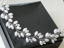 wedding photo - Pearl Crystal Bridal Hair Vine, White Pearl Headpiece, Wedding Hair Piece, Bridal Hair Jewelry, Pearl Hairpiece Wedding Pearl Crystal Wreath