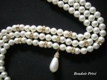 wedding photo - Vintage 1980s 3 Strand Pearl Choker With Rhinestone Detail