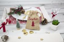 wedding photo - Personalised Christmas Small Jute Bag Favour, Personalized Small Jute Gift Bag, Christmas Small Gift Bag, Jute Table Gift Favour, Jute Bags
