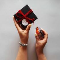 wedding photo - Felt brooch Bird brooch Robin gifts Robin bird Robin brooch Red brooch Mom gift brooch Mothers day gift brooch mother's day gifts