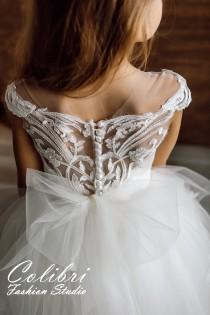 wedding photo - Flower girl dress tulle, Flower girl dress, Flower girl dress ivory, First communion dress, Lace flower girl dress, Tutu flower girl dress