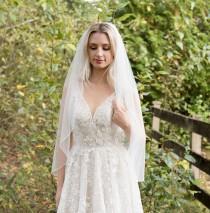 wedding photo - Wedding veil, bridal veil, wedding veil ivory, wedding veil pencil edge, pencil edge bridal veil