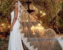 wedding photo - Mantilla wedding veil,  Mantilla veil communion Veil, Mantilla veil Cathedral, Mantilla catholic lace Veil in Cathedral
