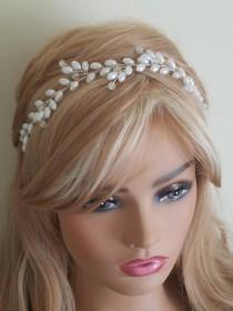 wedding photo - Pearl Bridal Hair Vine, Wedding White Pearl Headpiece, Bridal Pearl Hairpiece, Pearl Hair Jewelry, Wedding Hair Accessories, Pearl Wreath