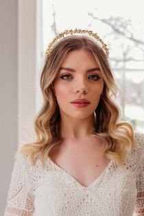 wedding photo - Gold wedding tiara, Gold bridal crown, Gold flower halo, Flower bridal headpiece, Boho wedding headpiece, 1930s wedding headpiece, Wreath