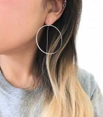 wedding photo - Circle Dangle Threader Earrings
