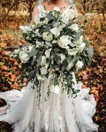wedding photo - From FRESH to SILK wedding bouquet
