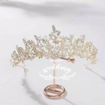 wedding photo - Gold Wedding Tiara with Crystals-Brides Hair Accessories,Bridal Hair Jewellery-Wedding Crown-Tiaras for Brides-Prom Tiara-princess Crown