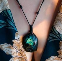 wedding photo - Wrapped Dragons Heart Labradorite Necklace-Natural Stone Pendant Necklace-Healing Labradorite Stone Necklace-Crystal Energy Necklace