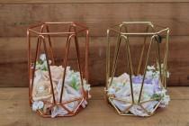 wedding photo - Geometric vase wedding centerpiece