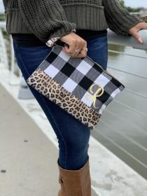 wedding photo - Buffalo Plaid Clutch