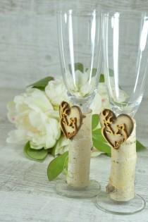 wedding photo - Wedding champagne flutes, country wedding glasses, his doe her buck flutes,hunting glasses,deer champagne glasses,camo wedding,toast glasses