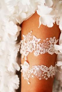 wedding photo - Ivory Lace Garter Wedding Garter Bridal Garter Set - Vintage Inspired Garter Rustic Garter Bohemian Garter Boho Garter Prom Garter Belt