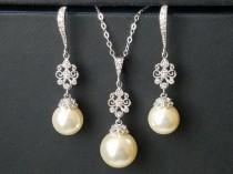 wedding photo - Pearl Bridal Jewelry Set, Swarovski Ivory Pearl Silver Earrings Necklace Set, Pearl Chandelier Earrings, Ivory Pearl Pendant Wedding Jewelry