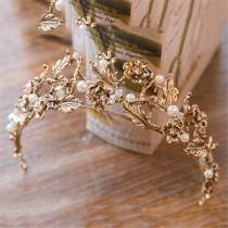 wedding photo - Golden Flower Wedding Crown Leaves Bridal Crown Pearl Party Crown Wedding Hairdress Pearl Hair Accessory Elegant Floral Bridal Tiara