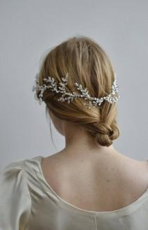 wedding photo - Wreath of Frost Bridal Halo - 1920s & 1930s bridal wreath, vintage wedding, Swarovski Art Deco hair accessory