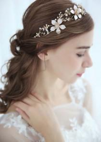 wedding photo - Handmade Vintage Style Gold Leaf Floral Pearl Bridal Hairband Hair Vine