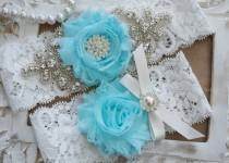 wedding photo - Wedding Garter Set, Bridal Garter Set, Vintage Wedding, Ivory Lace Garter, Crystal Garter Set, Something Blue