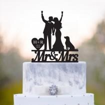 wedding photo - Golden retriever cake topper,mr and mrs with dog,bride and groome cake topper with dog,dog cake topper,wedding cake topper with dog,a112