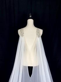 wedding photo - Lovely Cathedral Tulle Cape