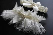 wedding photo - Ivory Bridal Garter Set, Ivory Lace Wedding Garter Set
