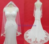 wedding photo - Fingertip beading lace Veil- Partial lace beading veil, Pearl beading lace applique wedding veil, 1 tier Short Sequin Lace Bridal Veil V636C