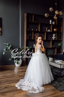 wedding photo - Flower girl dress tulle Flower girl dress  First communion dress Lace flower girl dress Toddler dress Ivory girl dress Princess dress