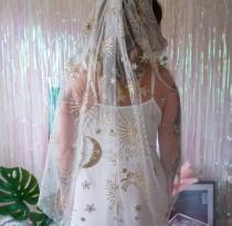 wedding photo - Gold Glitter Constellation Veil