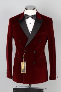 wedding photo - Red Velvet Double Breasted Tuxedo