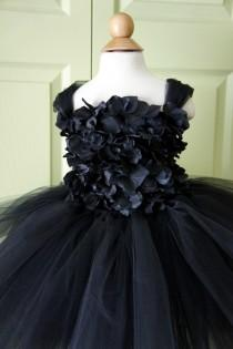wedding photo - Flower girl dress Black tutu dress, flower top, baby tutu dress, toddler tutu dress