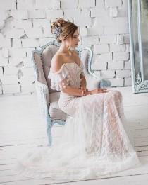 wedding photo - Boho Off Shoulder Lace Wedding Dress Blush Romantic Wedding Dress Sexy Strapless Beach wedding Dress, Vintage rustic Corset Wedding Dress