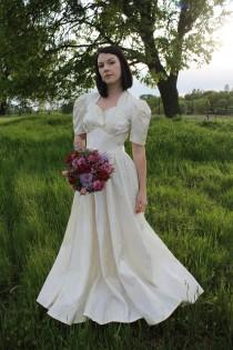wedding photo - HONEY 1940's Wedding Dress Bridal Attire Vintage Gown Candlelight Satin Classic