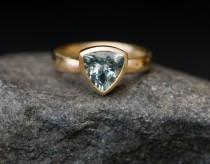 wedding photo - Aquamarine Trillion Ring in 18K Gold - Aquamarine Engagement Ring