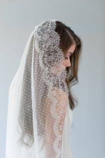 wedding photo - Mantilla Veil, Ivory Lace Wedding Veil, Dotted Circle Veil, Polka Dot Bridal Veil, Swiss Dot Veil