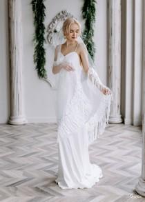 wedding photo - Fringe veil Boho veil Bohemian Bridal Veil Tassel veil Bohemian Veil lace Wedding veil Boho Trim veil - Juliana