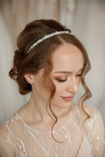 wedding photo - Pearl Bridal Headband, Boho Wedding Hair Piece, Bridesmaid Headpiece