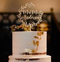 wedding photo - Rustic Mr and Mrs Wedding Cake Toppe -  Topper Cake Wedding  -  Custom Cake Topper - Birthday Cake Topper