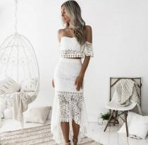 wedding photo - White Lace Top With Skirts